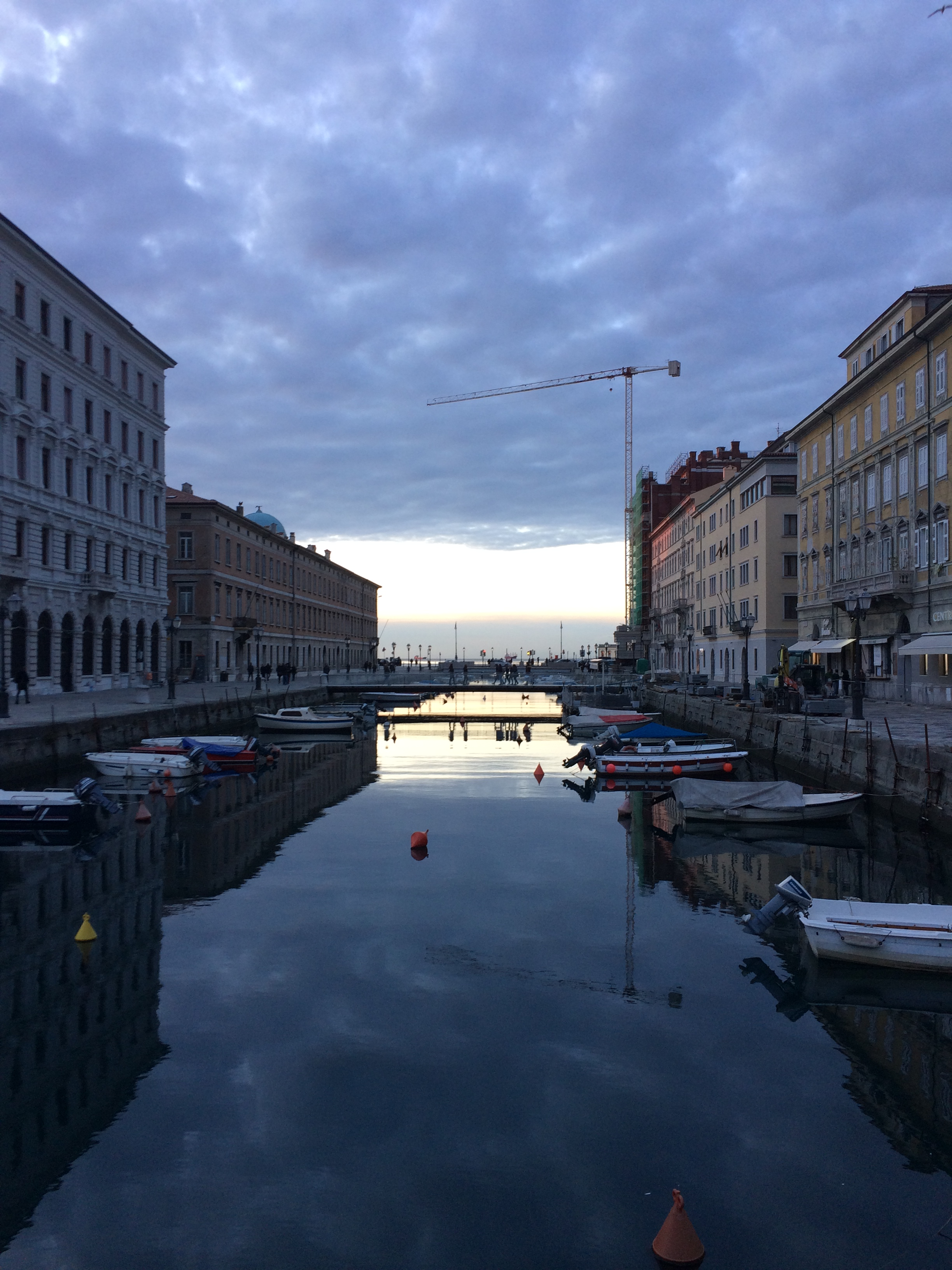 Review: Mala Strana Bar and Restaurant in Trieste