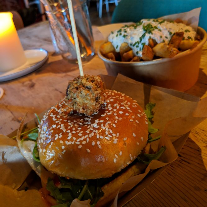 Galway for Foodies: Caribou's Breakfast Burger